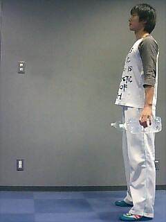 足の筋トレ レッグランジ(ダンベル) 3