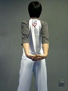 ストレッチ 胸と肩 1